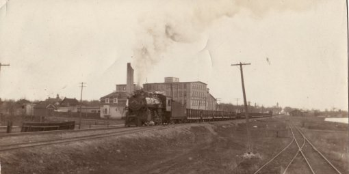 Steam locomotive heading west
