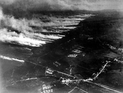 Gas attack at the Second Battle of Ypres